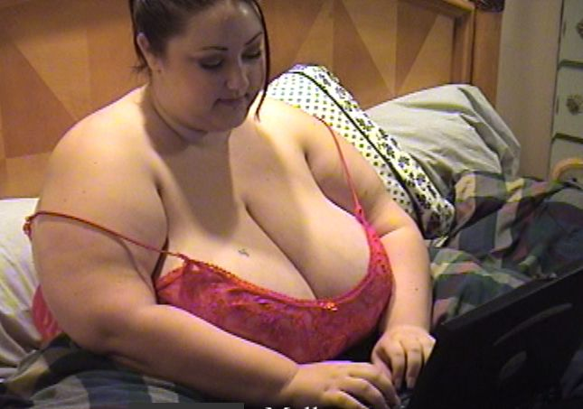 Do you like to chat with bbws with big tits?